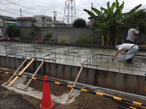 見沼区東大宮新築アパート_基礎ベースコンクリート打設